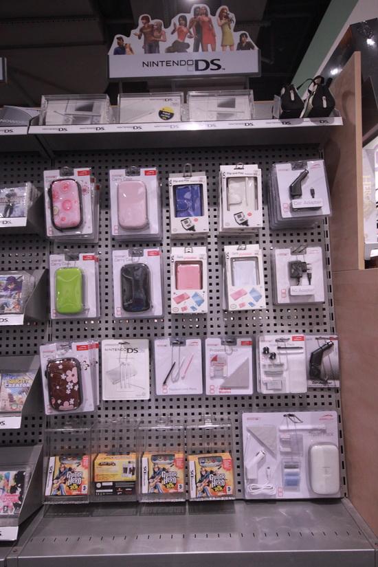 meble do sklepów z elektroniką Vonart