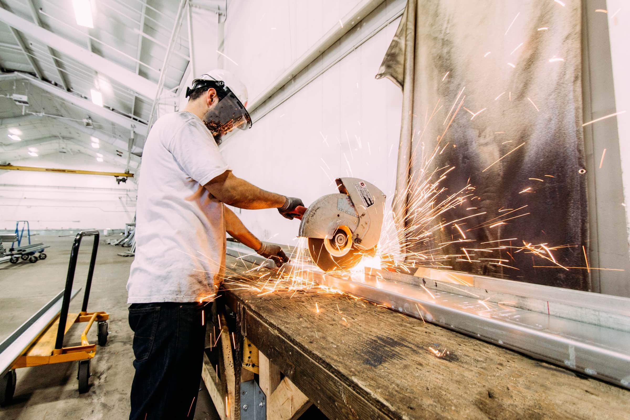 wycinanie laserowe w metalu