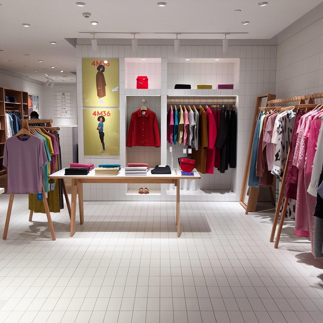 meble do sklepu odzieżowego